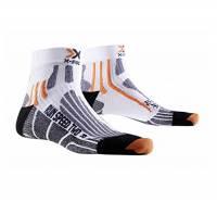 X-Socks Run Speed Two Calza Running, Uomo, Bianco (White/Black), 42/44